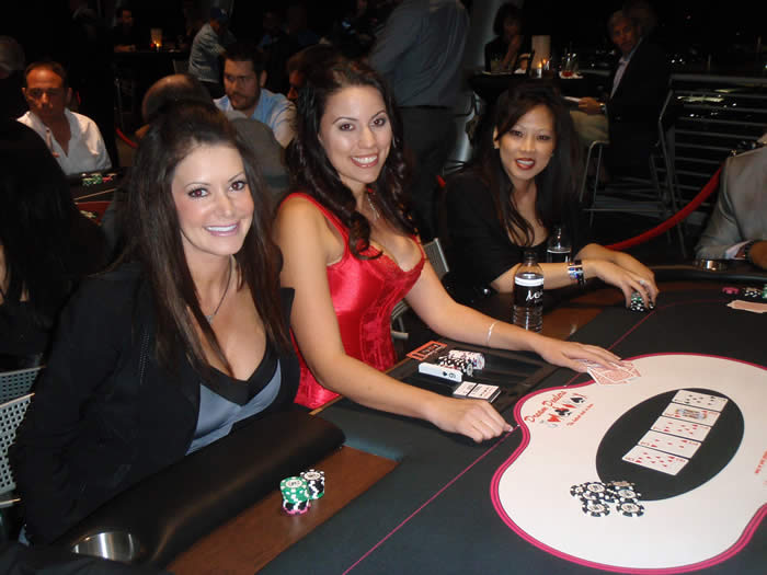 Ante Up for Autism, Dream Dealer Heidi with Professional Poker Player Michelle Lau and Kim Brooks